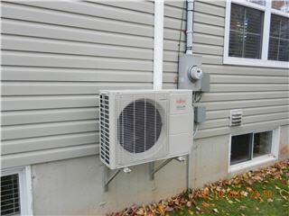 Split Heat Pumps Canada - Photo 1