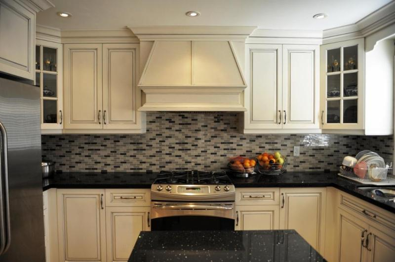 Beyond Kitchens Bath Inc Mississauga On 5 136 Watline Ave Canpages
