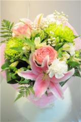 Bellamy Flowers - located in the heart of Mississauga & Brampton - Photo 1