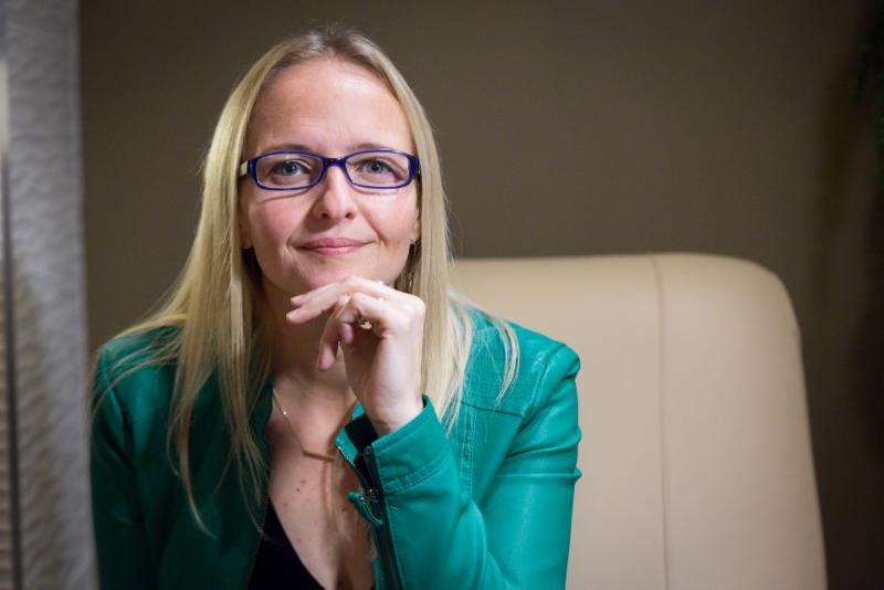 Amber McFadden Mortgage Associate - Photo 1