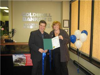 Coldwell Banker - Photo 2