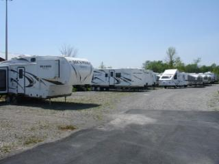 Niagara RV & Trailer Center - Photo 4
