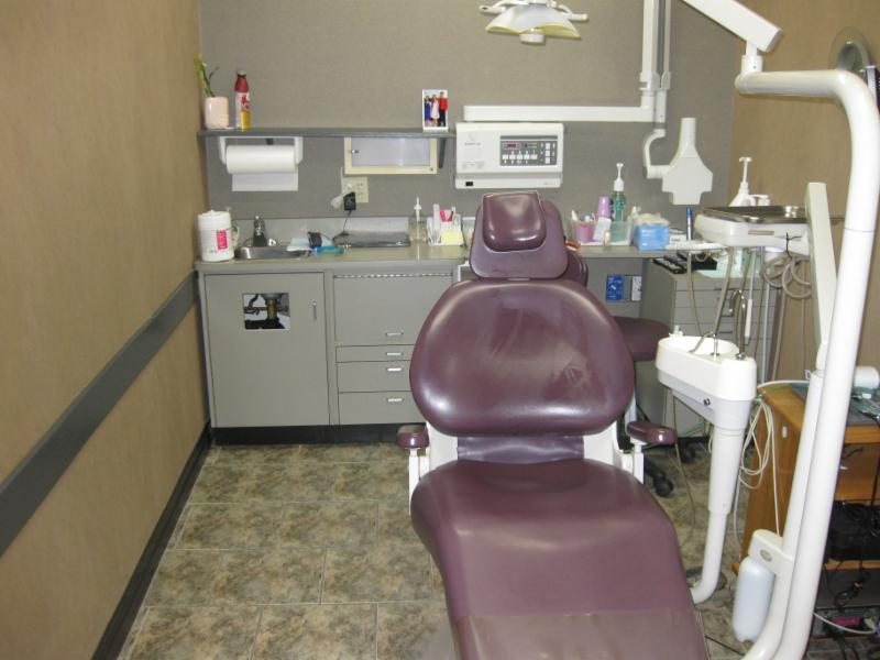 Fairview Mall Dental Centre - Photo 4