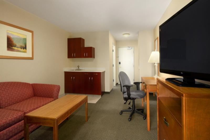 Days Inn - Photo 5