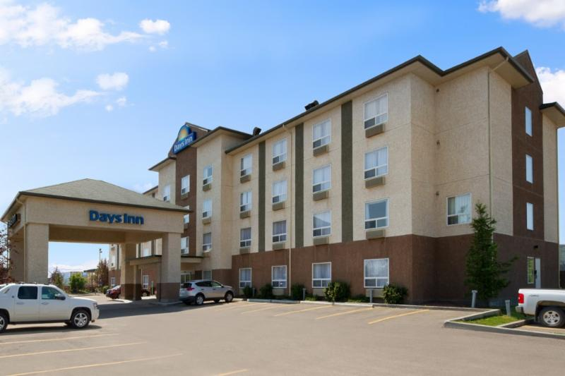 Days Inn - Photo 8