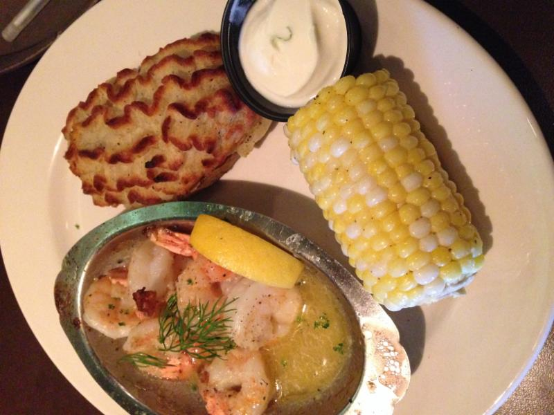 D-Jay's Restaurant Ichabod's Lounge & Patio - Photo 9