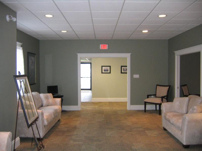 Pier Community Funeral Home - Photo 10
