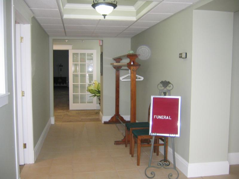 Pier Community Funeral Home - Photo 6