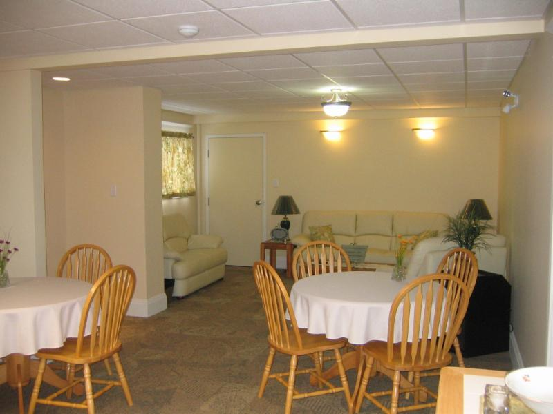 Pier Community Funeral Home - Photo 7