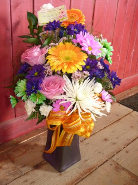 Trailer Treasures - Flowers & Gifts - Photo 1