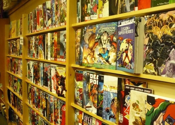 Phoenix Comic Books - Photo 3