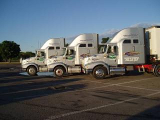 Crossroads Truck Training Academy (Barrie) - Photo 1
