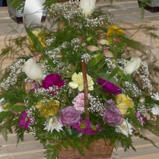 Reid's Flowers And Gifts - Photo 4