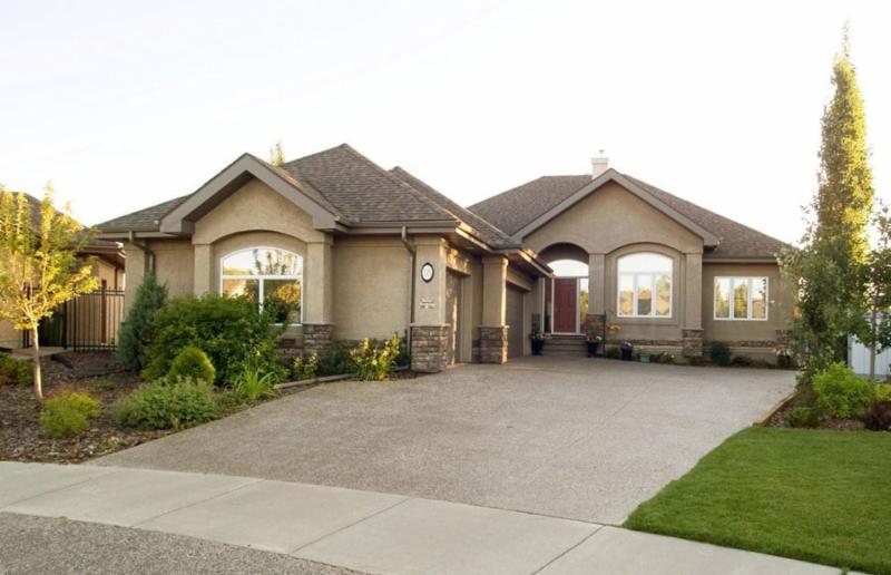 Homes & Renos 4 Living - Photo 4