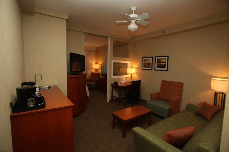 Courtyard by Marriott St John's - Photo 4