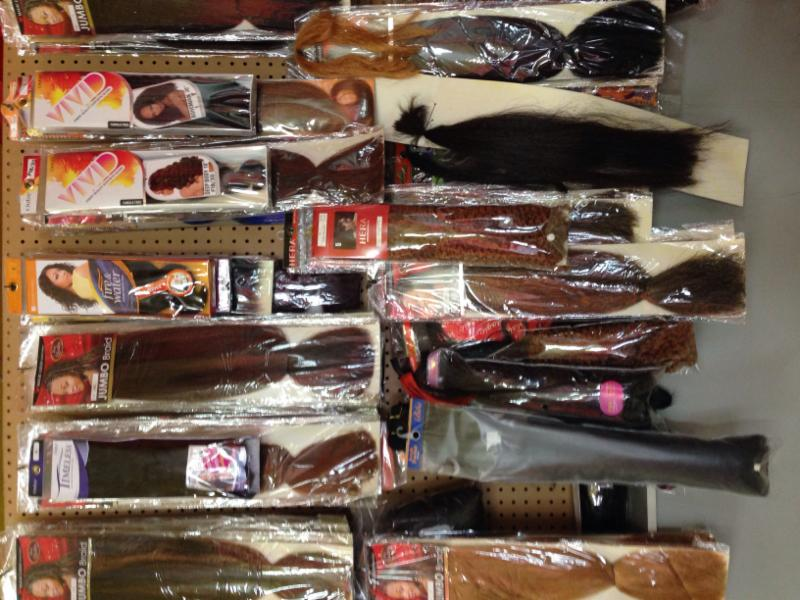 Fantashia Salon & Barber Shop - Photo 5