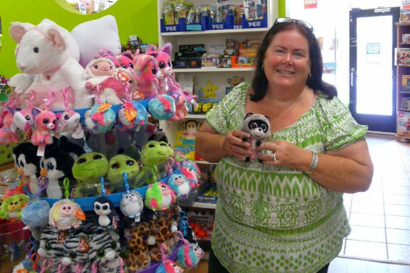 Loot Lady Toys Inc - Photo 1