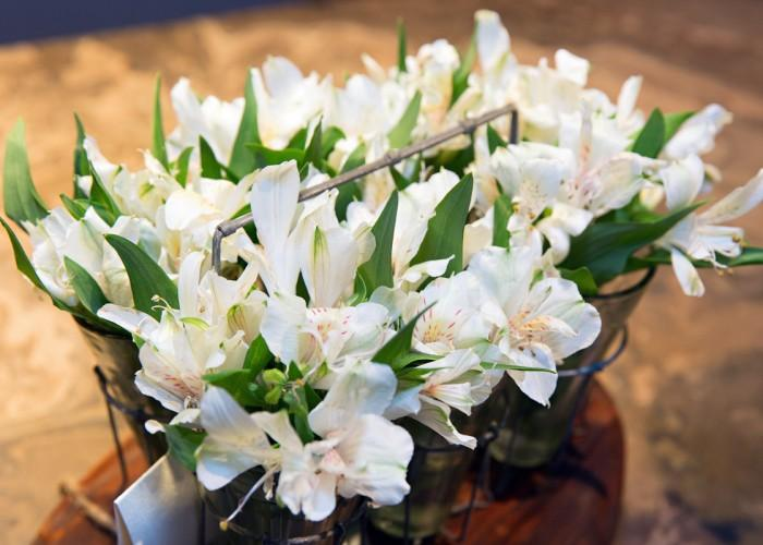 Parterre Flowers - Photo 2