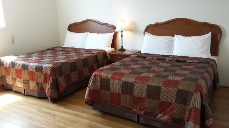 Motel Iberville - Photo 1