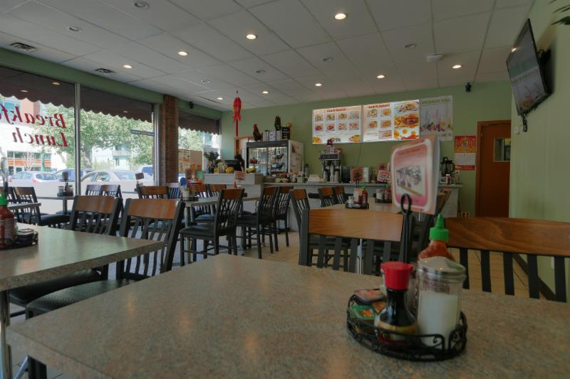 Western Coffee Shop & Chinese Food - Photo 9