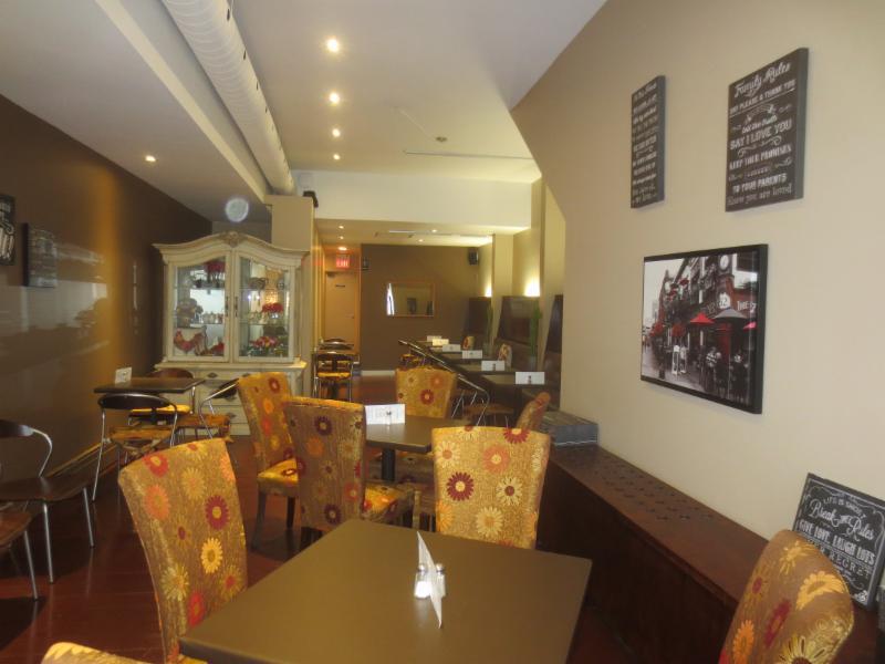 Q Café And Bakery - Photo 3