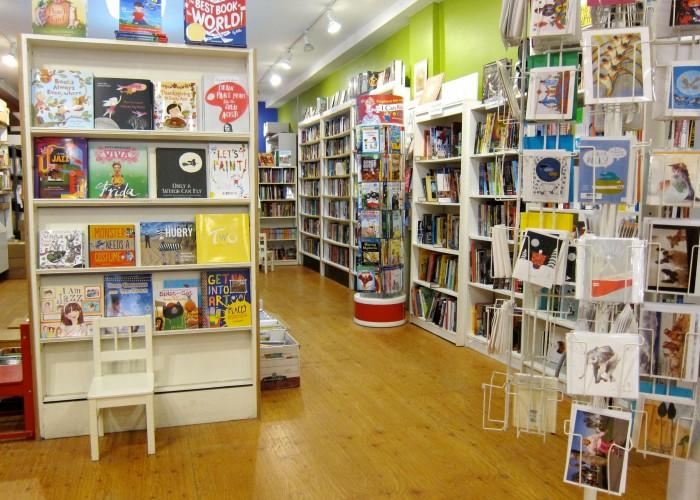 Another Story Bookshop - Photo 3
