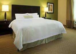 Hampton Inn & Suites - Photo 3