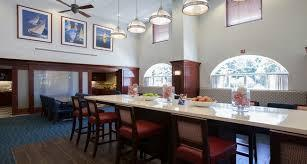 Hampton Inn & Suites - Photo 6