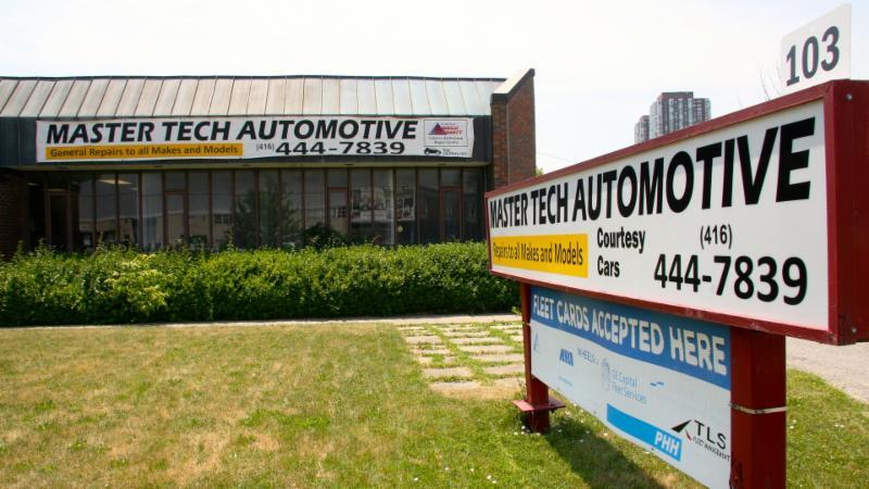 Master Tech Auto Body And Service Centre - Photo 1