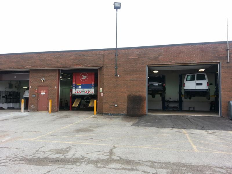 Master Tech Auto Body And Service Centre - Photo 3