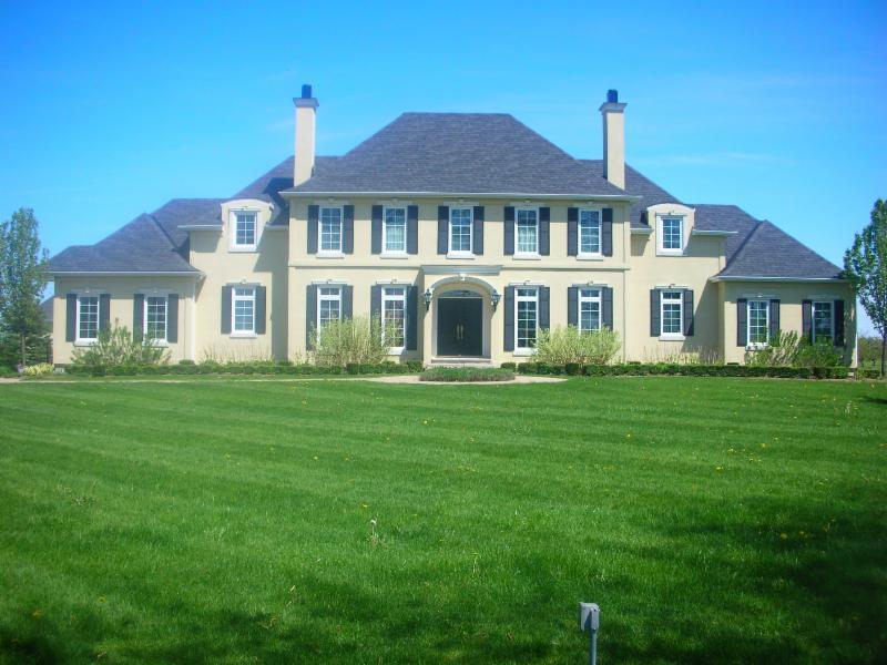 Rijus home design ltd dunnville on 310 queen st for Household designs ltd
