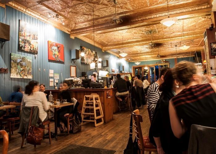 Café Les Entretiens - Photo 2