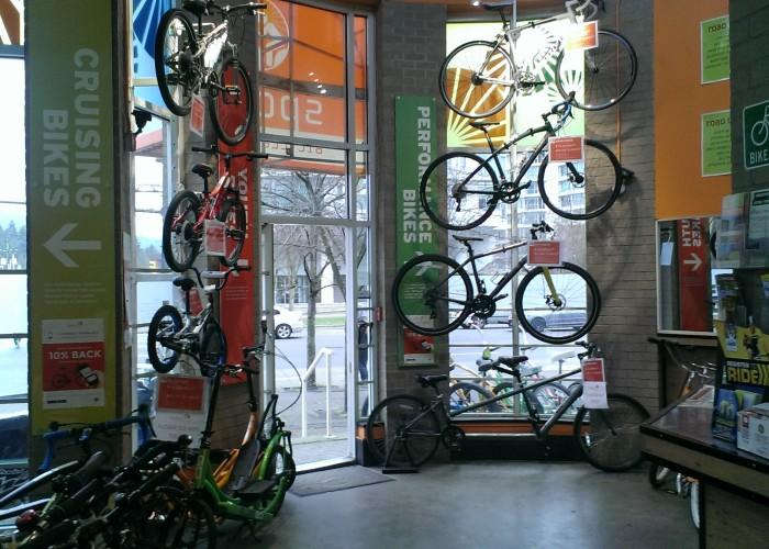 Spokes Bicycle Rental - Photo 2