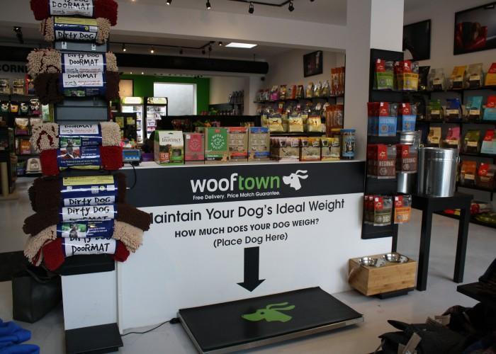 Wooftown Dog - Photo 2