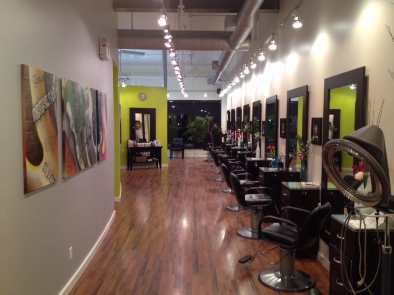 La Bella Vita Salon Inc - Photo 9