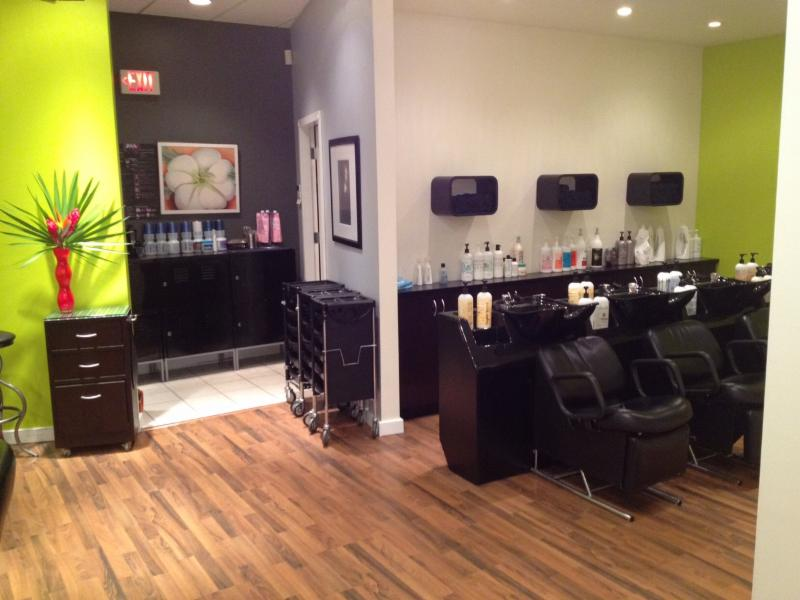 La Bella Vita Salon Inc - Photo 11