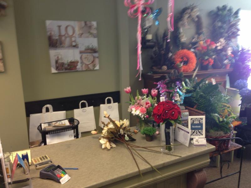 Mccormick Florist & Gift Shoppe - Photo 7