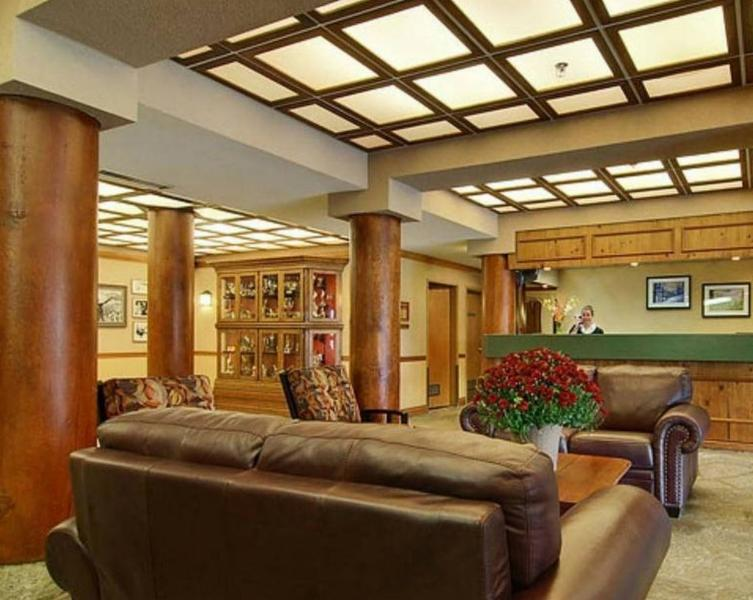 Nancy Greene's Cahilty Lodge - Photo 2