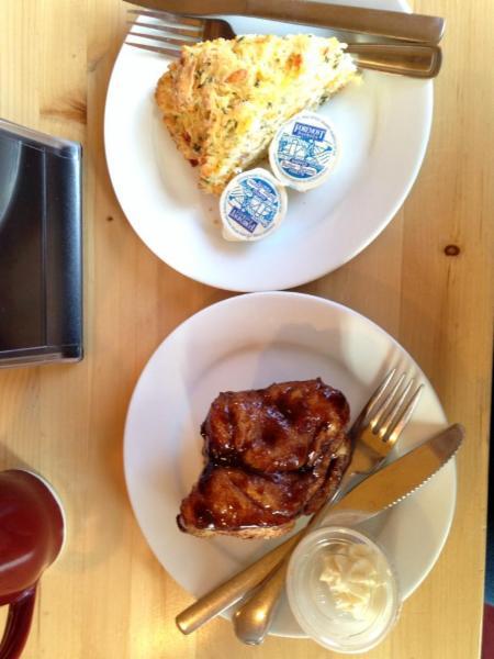 Cinnamon Bear Cafe - Photo 2
