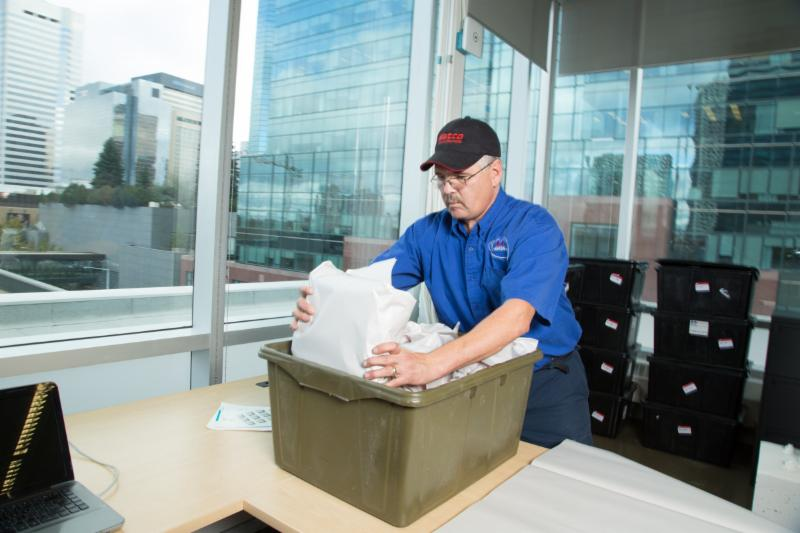Matco Moving Solutions handles commercial and office moves of all sizes. Our professional movers use the right equipment, labelling system and floor plan designs, to ensure all moves are done quickly and efficiently. - Matco Moving Solutions