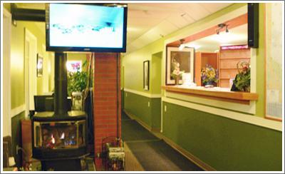 Woodland Motor Inn - Photo 1