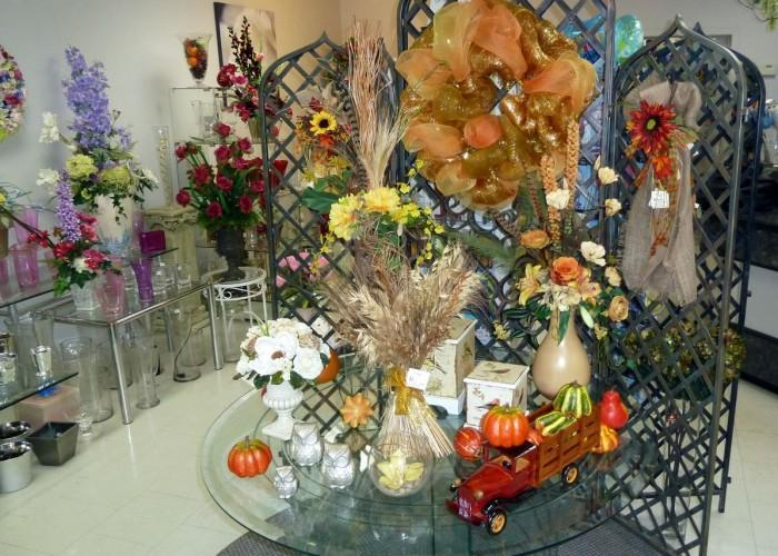 Russell's Flower Shop - Photo 2