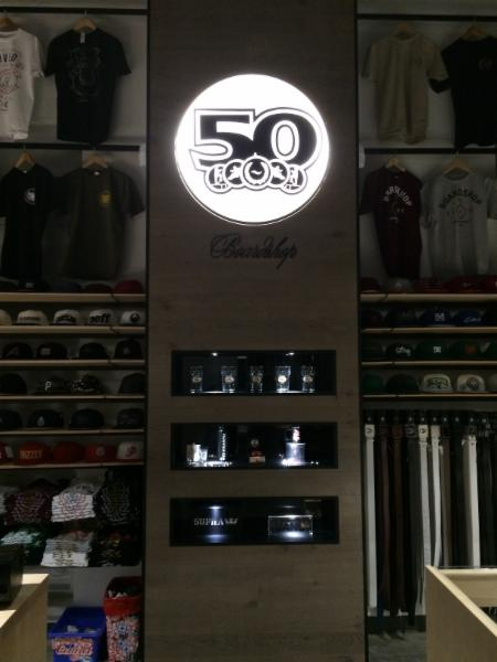 5-0 Boutique Boardshop - Photo 5