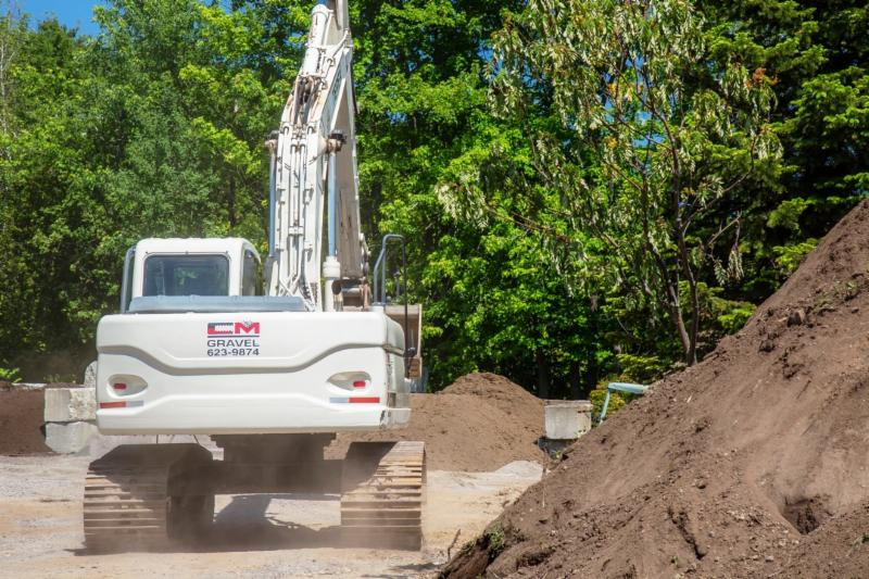 Excavation C M Gravel Inc - Photo 14