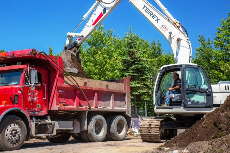 Excavation C M Gravel Inc - Photo 15