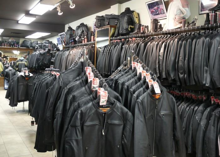 Leathers Giant Discount Warehouse - Photo 3