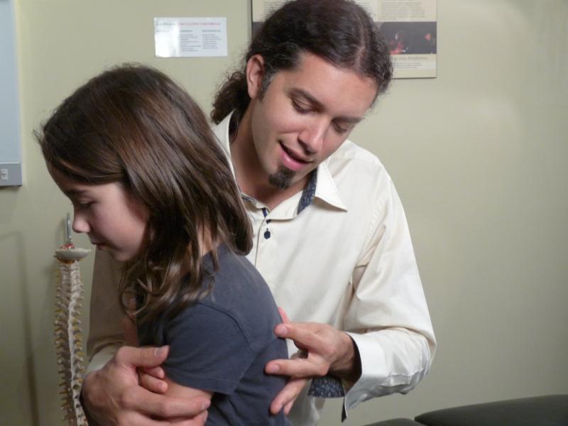 Ajustement chiropratique - La Vie Chiropratique