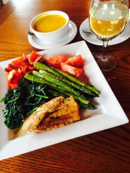 Martha's Restaurant - Photo 4