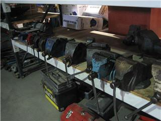 G D Liquidators - Photo 5
