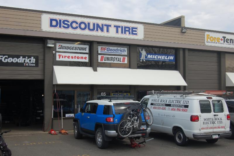 Discount Tire - Photo 4